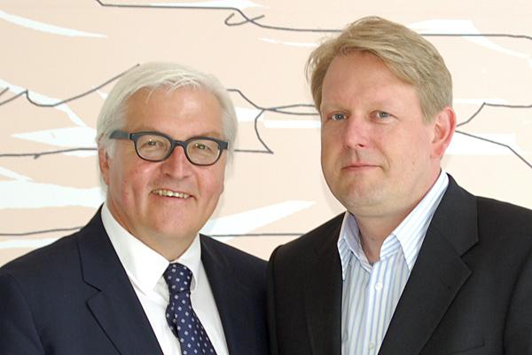 Mit Frank-Walter Steinmeier, dem Vorsitzenden der SPD-Bundestagsfraktion bei einem Wahlkampftermin in Berlin