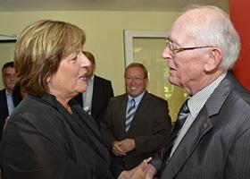 Herzlich begrüßt wurde Ulla Schmidt auch von Egon Berchter, dem Namenspatron dieser Einrichtung  und Ehrenvorsitzenden der Lebenshilfe Oberhausen